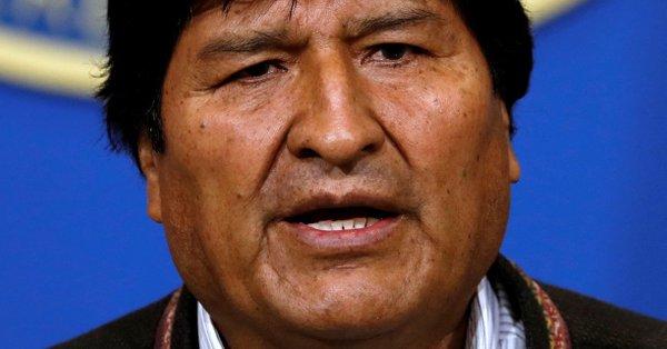 被指选举舞弊引民众抗议 军方施压 玻利维亚总统辞职