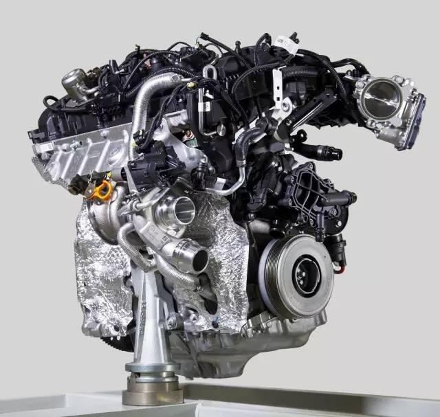 新一代宝马3缸,4缸发动机的技术相当先进,它采用了世界首创的水冷纯
