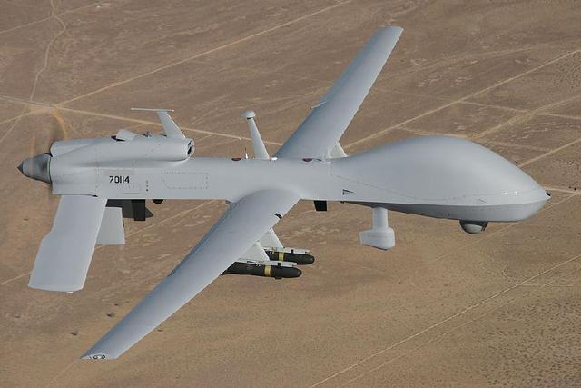 """事实上中国目前本土装备的是""""翼龙""""无人机系列,而""""彩虹-4""""""""彩虹-5""""则图片"""