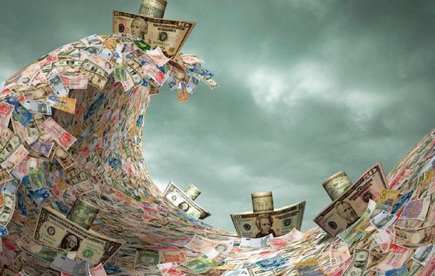 特朗普发动税务战 制造业灭顶之灾?富人往美国跑
