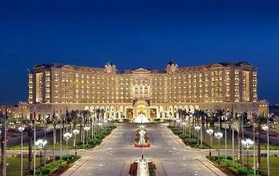 沙特上演最豪华内斗,油价飙升,五星级酒店变身牢房