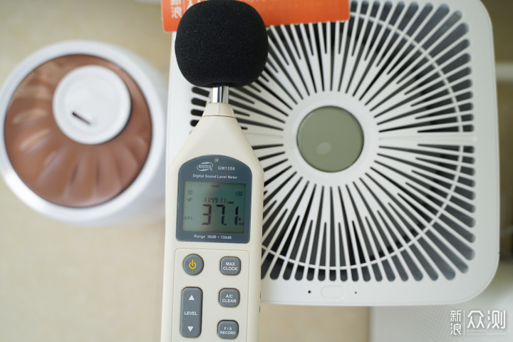 安静呵护,冬日补水神器airx50度湿加湿器体验_新浪众测