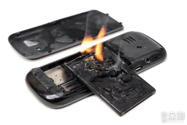 手机电池已经到想什么时候冲就什么时候冲吗?_新浪众测