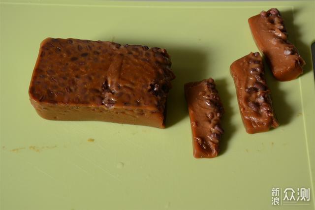 过年吃红豆年糕,寓意好,咬一口软糯香甜有嚼劲_新浪众测