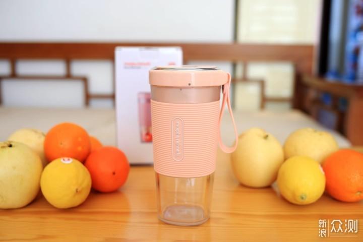 魔飞便携榨汁杯:30秒喝上鲜果汁_新浪众测