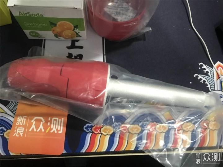 健康+便捷,可以随身携带的气泡机_新浪众测