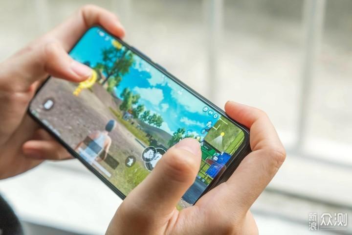 四个角度解读iQOO手机,vivo做性价比是认真的_新浪众测