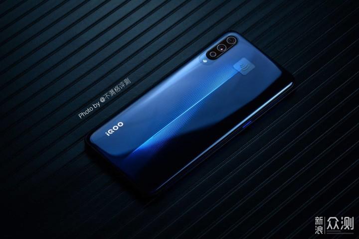 首次触电IQOO手机,深扒一下我的真实体验_新浪众测
