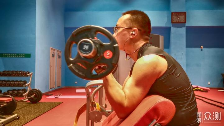 由马拉松入健身坑,一个健身小白的随身EDC_新浪众测