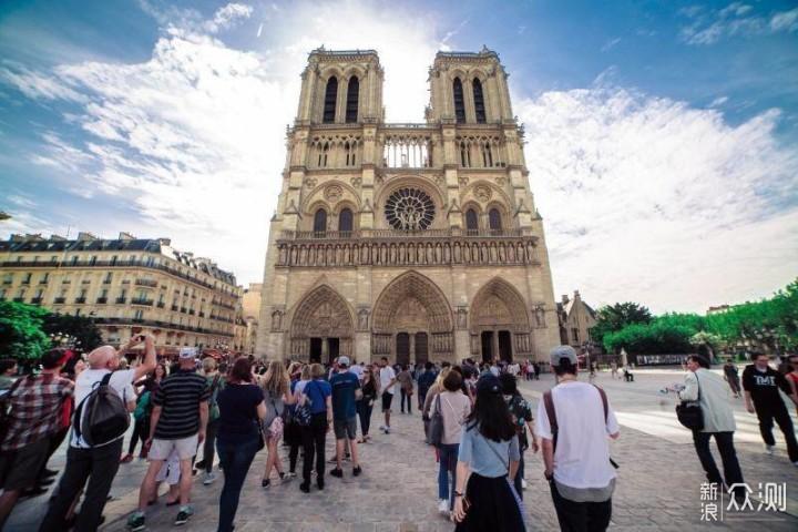 巴黎圣母院_新浪众测