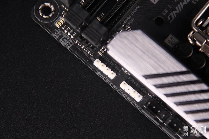 联力Q33 ITX机箱装机小记_新浪众测