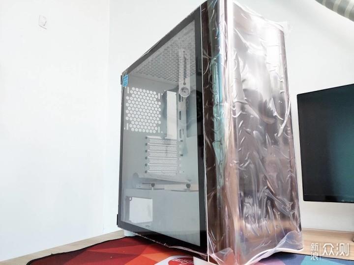 小黄人的新家,Tt 挑战者H3电脑机箱_新浪众测