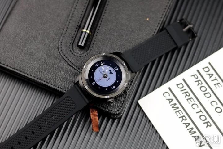机械指针从智能屏幕穿孔而出,aigo智能手表_新浪众测