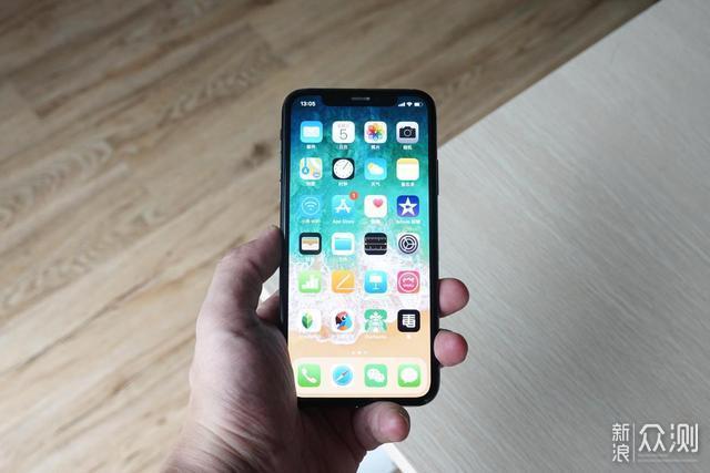 为什么要升级手机系统?——让人上瘾的iOS 13_新浪众测