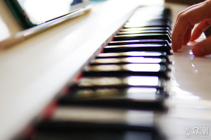 从兴趣到实践:The ONE智能电子琴Air轻松入门_新浪众测