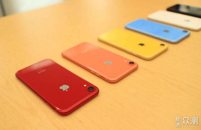 人生已如此艰难,为你推荐几款纯色系手机可好_新浪众测