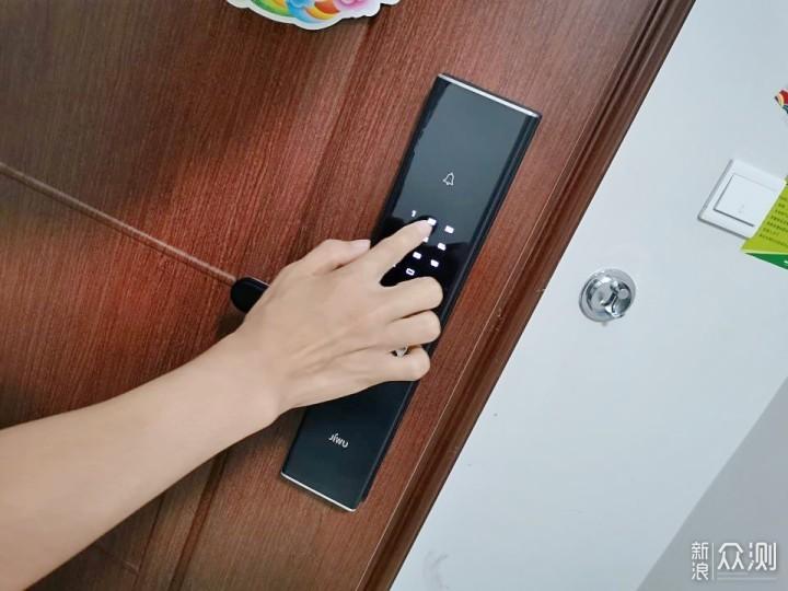 性能和智能上的平衡,苏宁小Biu智能门锁_新浪众测