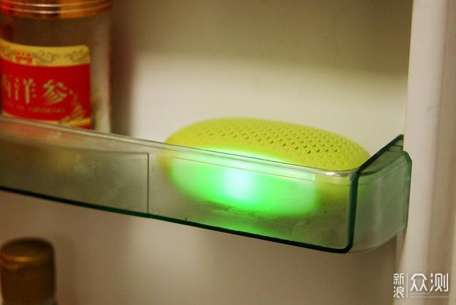 只需一个简单的动作就可以拥有一个无菌的冰箱_新浪众测