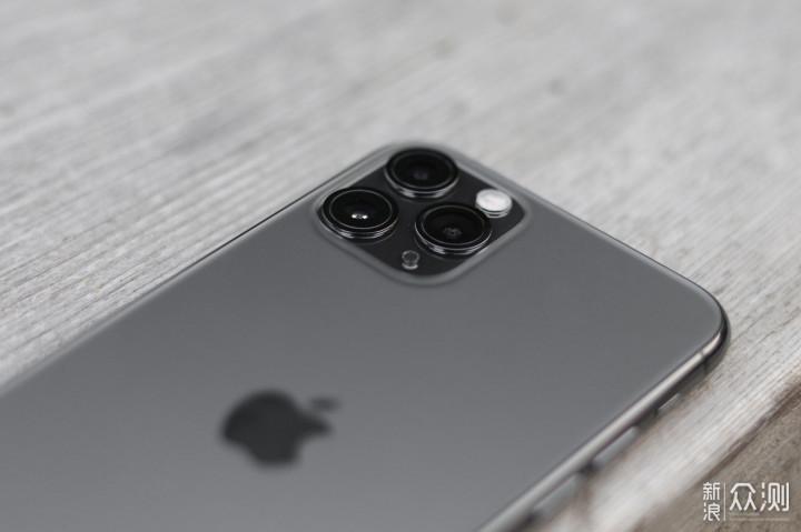iPhone11比iPhone10有多少提升?升级请慎重!_新浪众测