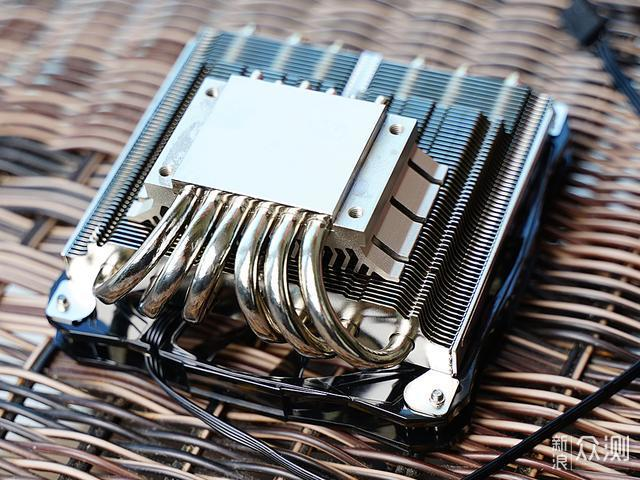 钢铁甲+粉嫩心的ITX主机攒机经历分享_新浪众测
