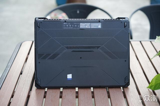 华硕飞行堡垒7金属电竞版笔记本电脑使用评测 _新浪众测
