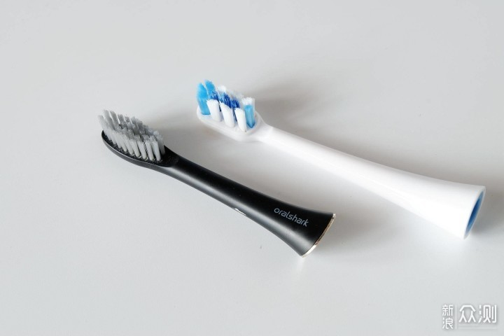 一款出差旅行必须随身携带的电动牙刷—扉乐F1_新浪众测