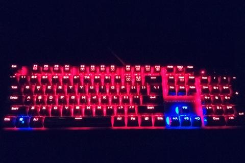 金属良品——雷神K71机械键盘