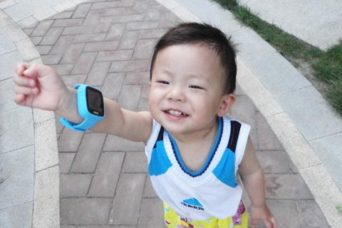 给孩子360度安全守护-360巴迪龙儿童手表SE体验