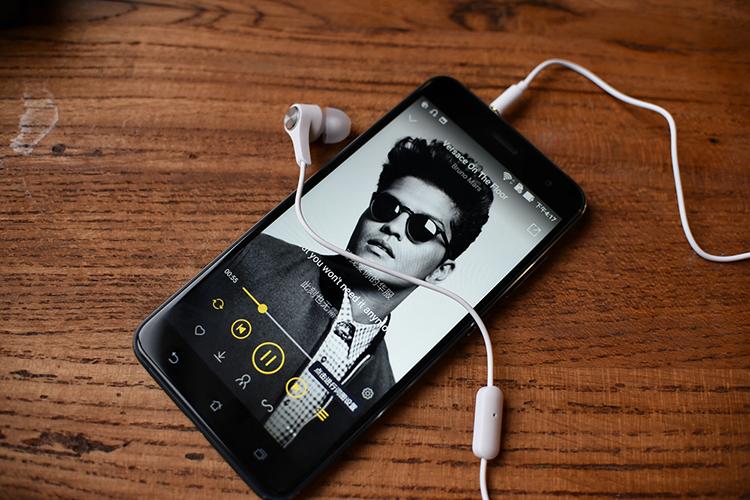 技术宅变身时尚大咖--华硕ZenFone 3 灵智体验