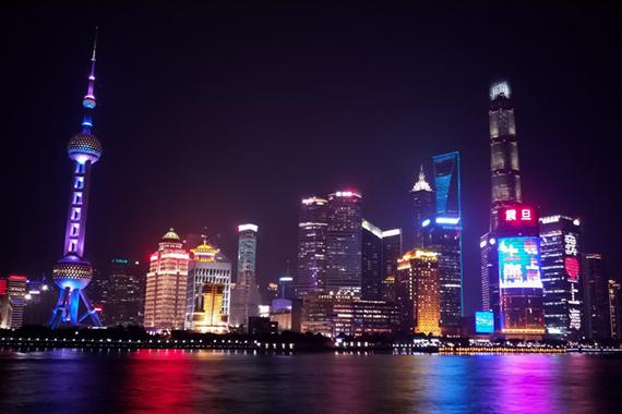 漫步夜上海,聊聊夜景摄影技巧