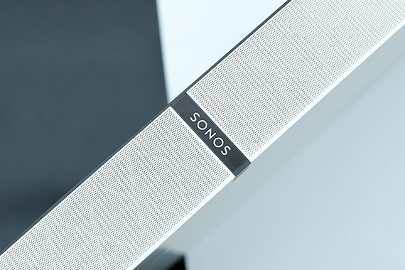 Sonos PLAYBASE:情的容器,梦之伊人