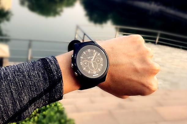 配得上一场触及灵魂的极限挑战——佳明935手表