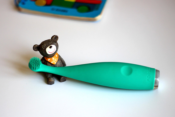 让宝宝爱上刷牙的FOREO幼儿智能电动牙刷试用