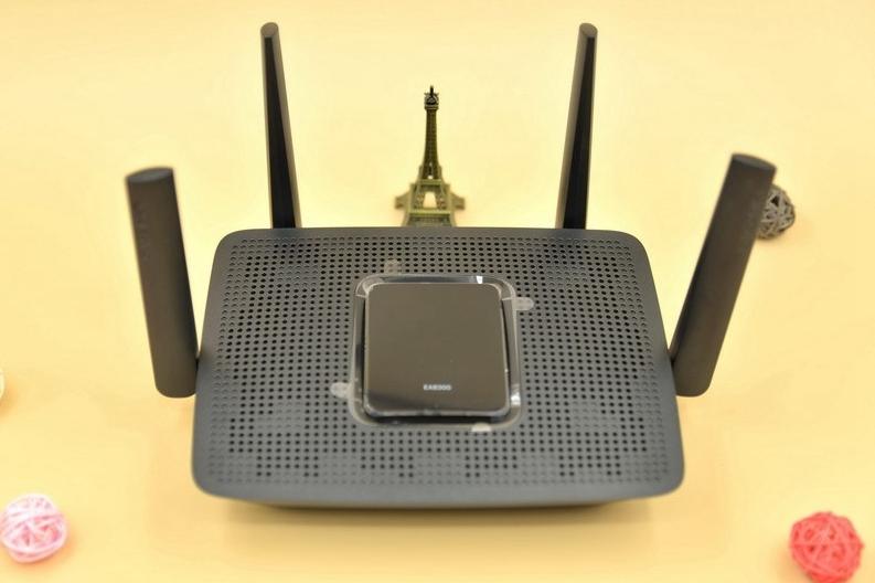 让WIFI再无死角,领势EA8300三频路由器体验