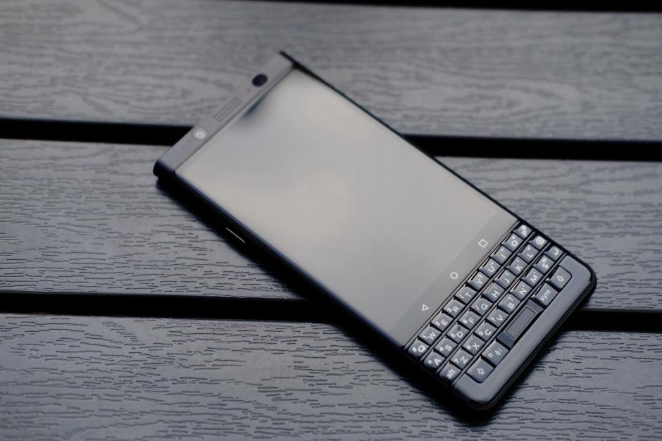 """黑莓KEYone:""""全键盘""""手机最后的绝唱"""