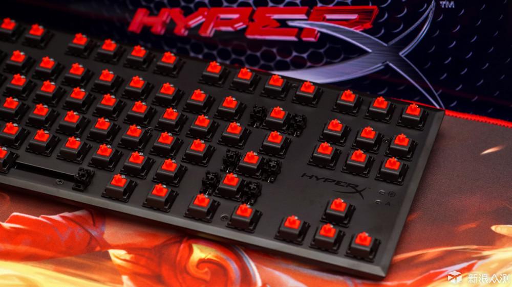 中高端机械键盘也就雷蛇的定制国产轴打出点名堂,其他哪个不是cherry