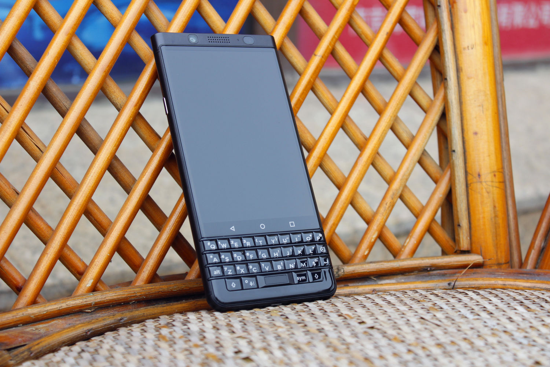最后一款全键盘手机?走进黑莓KEYone世界深处