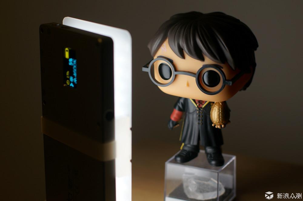 高显色Iwata LED便携摄影摄像补光灯_新浪众测