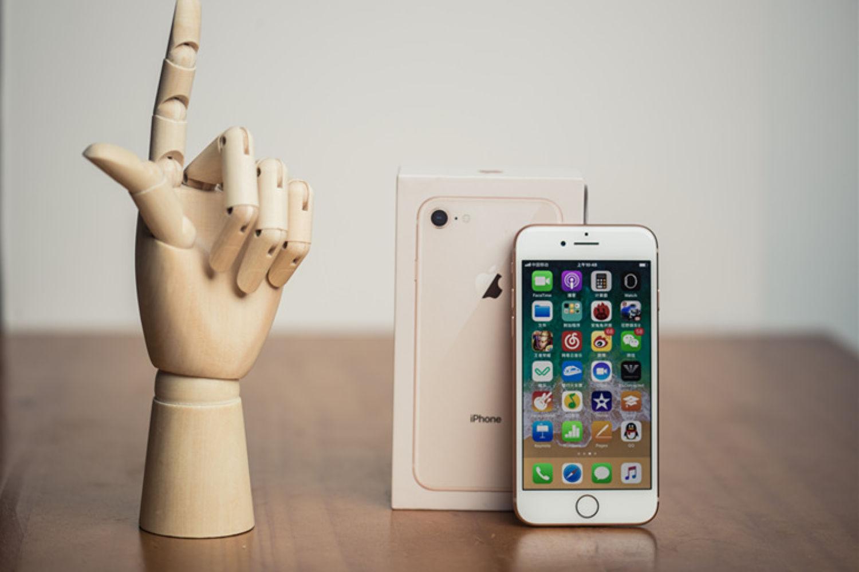 """苹果""""小白""""的初体验——iPhone 8"""