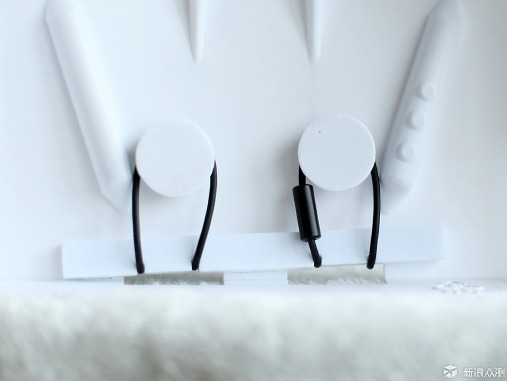 FIIL随身星蓝牙耳机,全天佩戴的好耳机_新浪众测