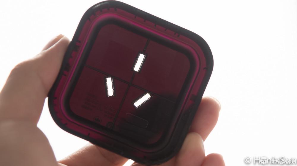黑色元件为红外接收),集成运算放大器lm358(上图绿色框内),来自ti