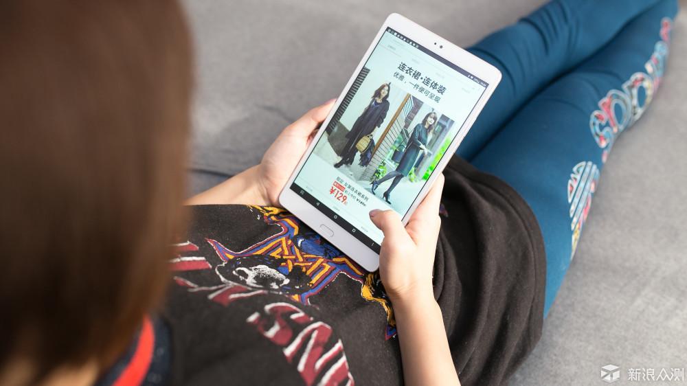 或许称家庭娱乐平板更合适——台电T8套装体验_新浪众测