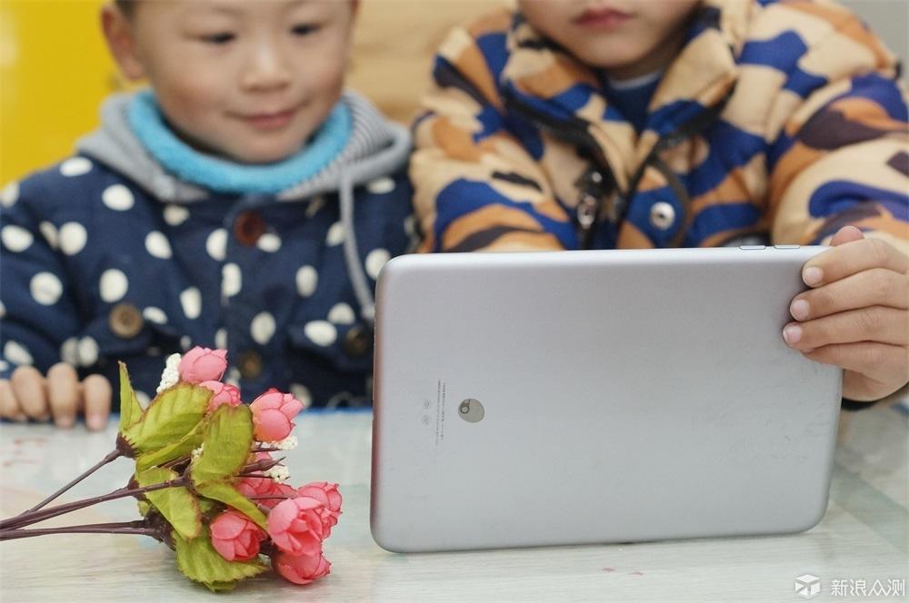 家长放心,孩子玩的开心——葡萄儿童平板体验_新浪众测