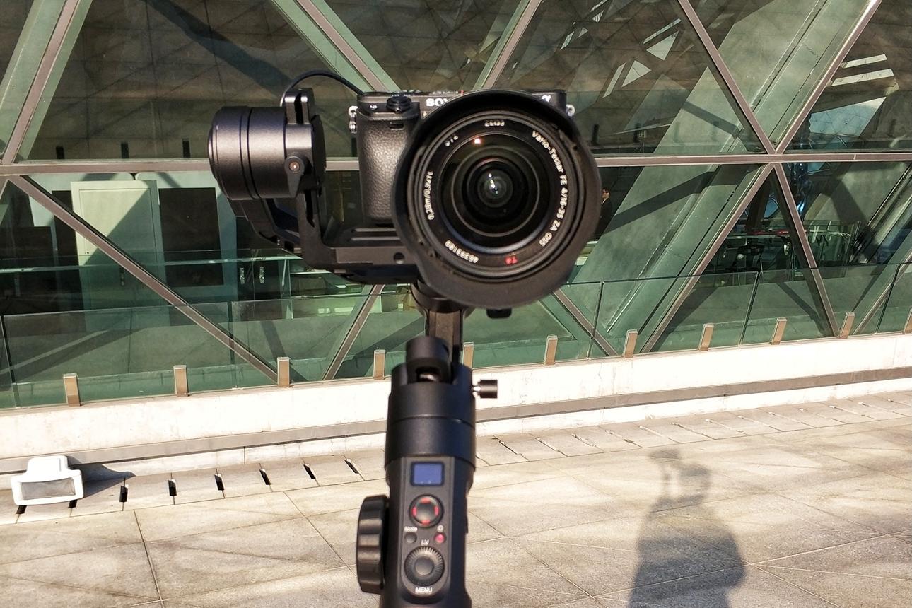 智云云鹤2 | 为相机而生的专业稳定器