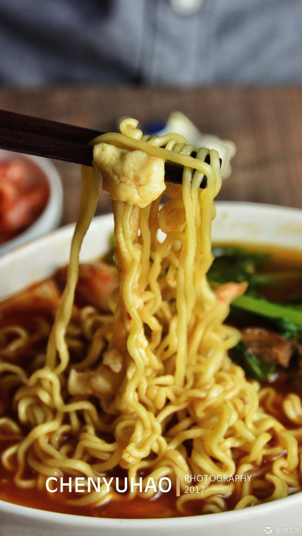 这份辣白菜脊骨土豆汤,绝对好吃!_新浪众测
