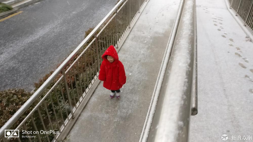 雪花飞舞寒风吹,以及孩子脸上的欣喜_新浪众测