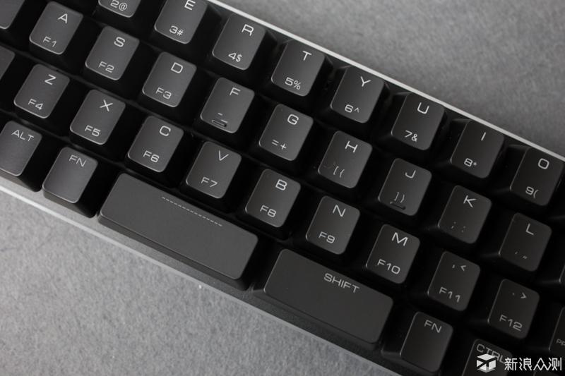 史上独一无二的小键盘,魔蛋SMART 49上手体验_新浪众测