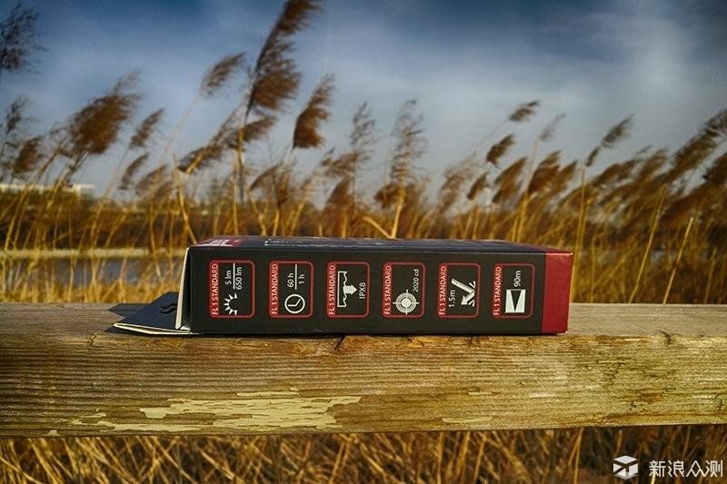 小巧的追光逐影装备,务本TO10R手电使用测评_新浪众测