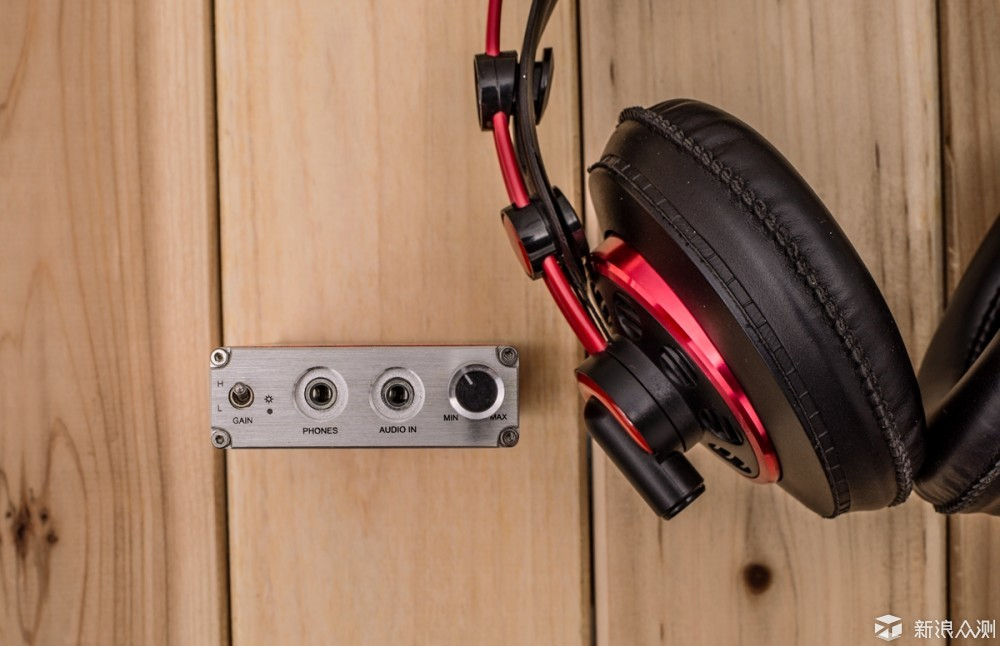 尴尬的入门级监听耳机,AKG 240R无前端不约_新浪众测