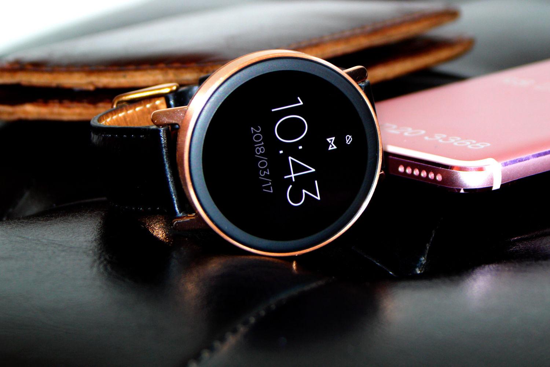 关于Misfit首款带屏幕手表的信息都在这里了